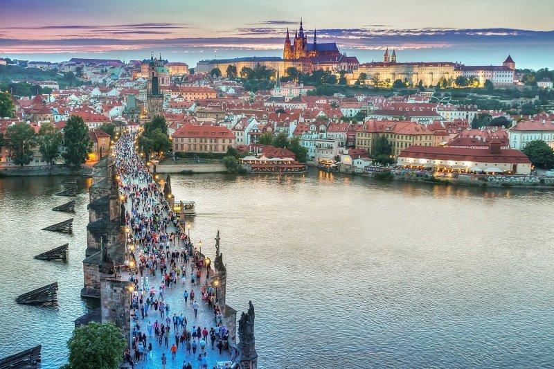 Praga è una tra le migliori città per trascorrere il capodanno