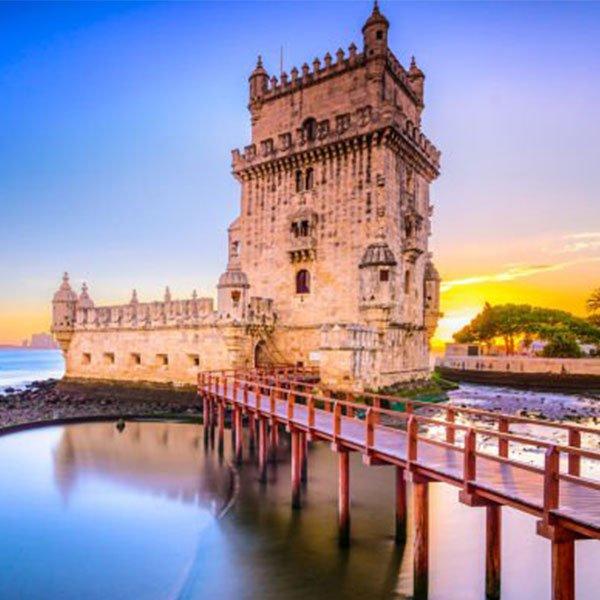 Le 10 migliori cose da fare a Lisbona durante la notte