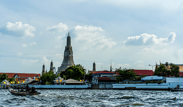 fare una crociere sul fiume di bangkok