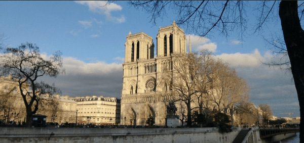 Visitare Parigi: notre dame